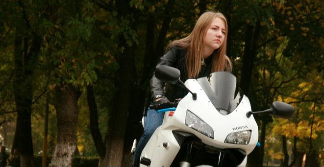 バイク乗りのイメージトレーニング